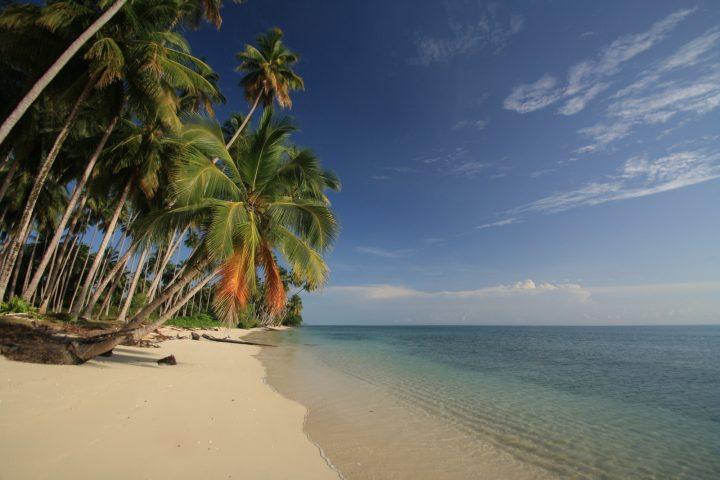 Pantai di Biduk-biduk