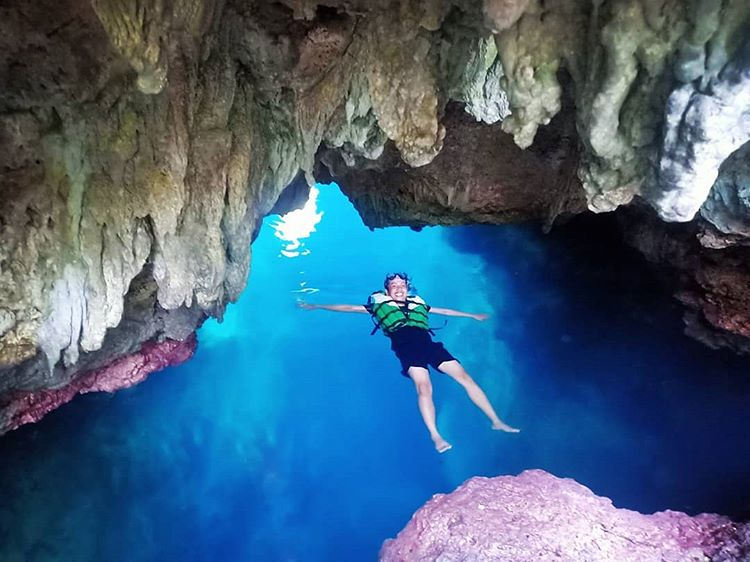 Goa Haji Mangku, Spot Indah Snorkeling | BE BORNEO TOUR